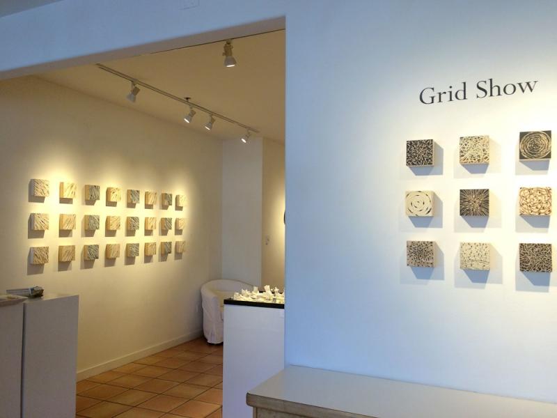 """Grid Show"""